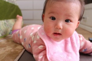 赤ちゃん はいはい 時期 1