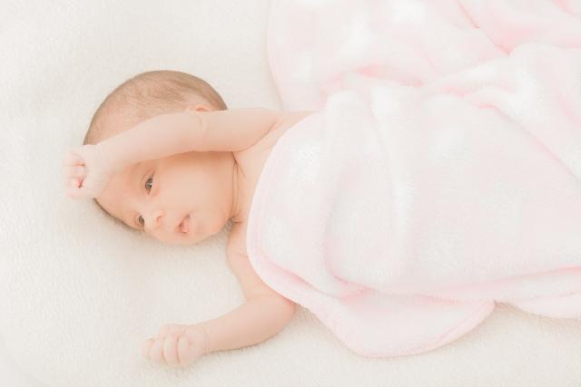 新生児 しゃっくり 止める 方法